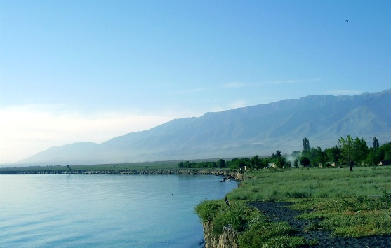 фото казахстан озеро алаколь